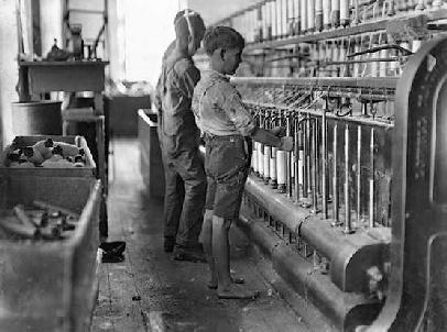 the oppression of female workers in the textile mills in lowell and manchester in the nineteenth cen Beyond the attitudes of organized workers, racial discrimination jp stevens textile mills female textile workers at massachusetts' lowell mills.